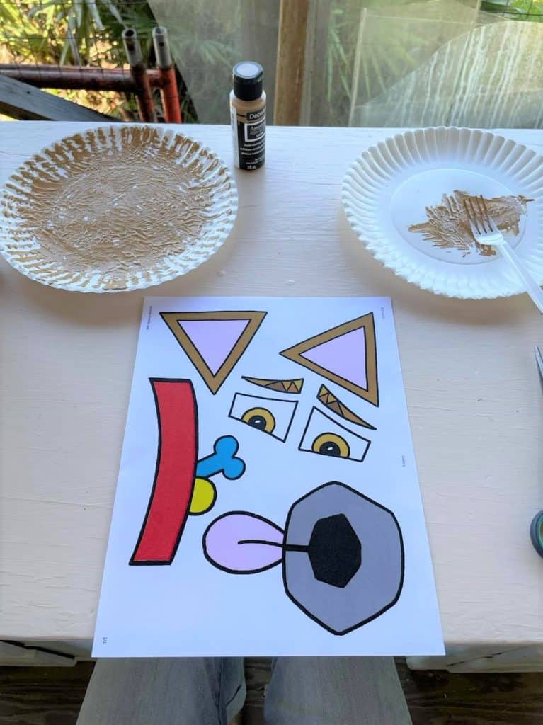 """""""My Hollydog"""" free cutouts for preschool craft!"""