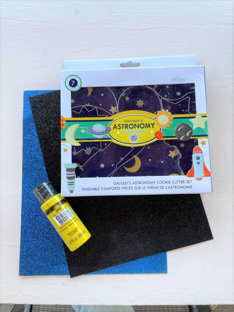 Outer Space Preschool Lesson Plan Craft